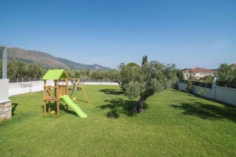 Daisy's Garden Zakynthos Greece